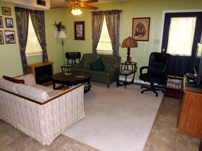 3-Way House - Living Area